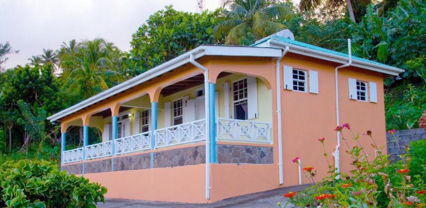 Breezes Cottage Dominica | Cat 5 Hurricane Resistant